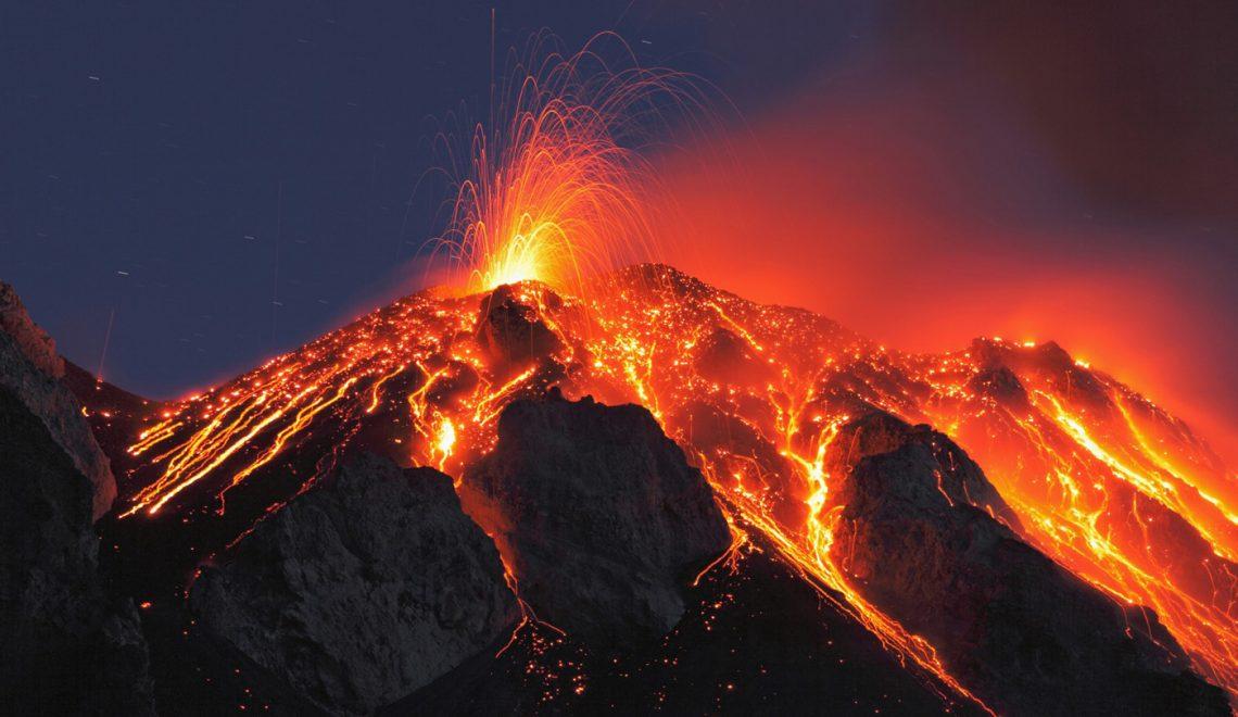 Stromboli volcanes activos viajes volcanes emociones