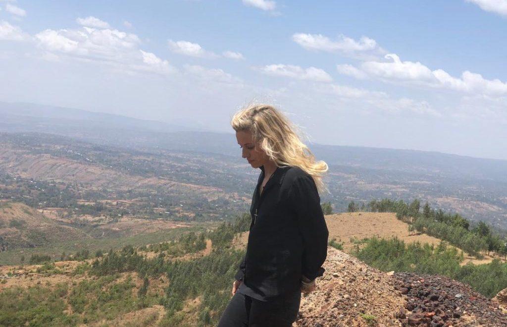 anne fornier estudiando los volcanes de etiopía